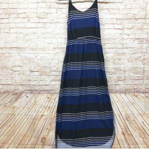 MAKE AN OFFER‼️Old Navy Maxi Dress Size Jrs. M